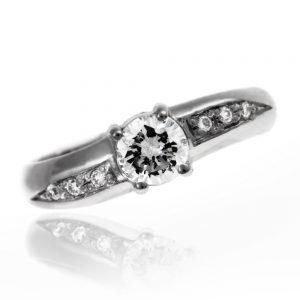 Zaročni prstan 18