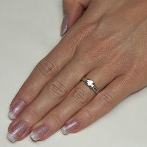 Zaročni prstan 51 - diamant-2