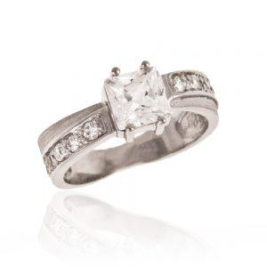 Zaročni prstan 2