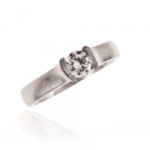 Zaročni prstan 51 - diamant