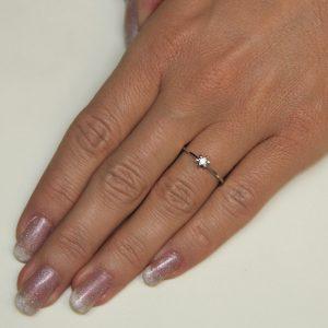 Zaročni prstan 34 - briljant-2