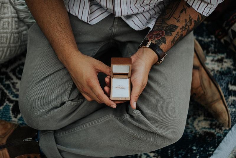 zarocni_prstan